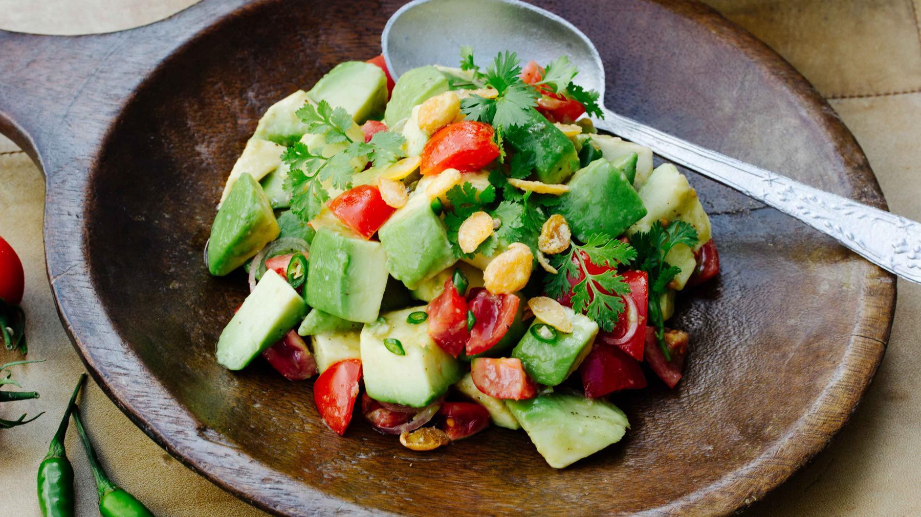 Avocado Salat aus Myanmar - Htau Patsi Thoke