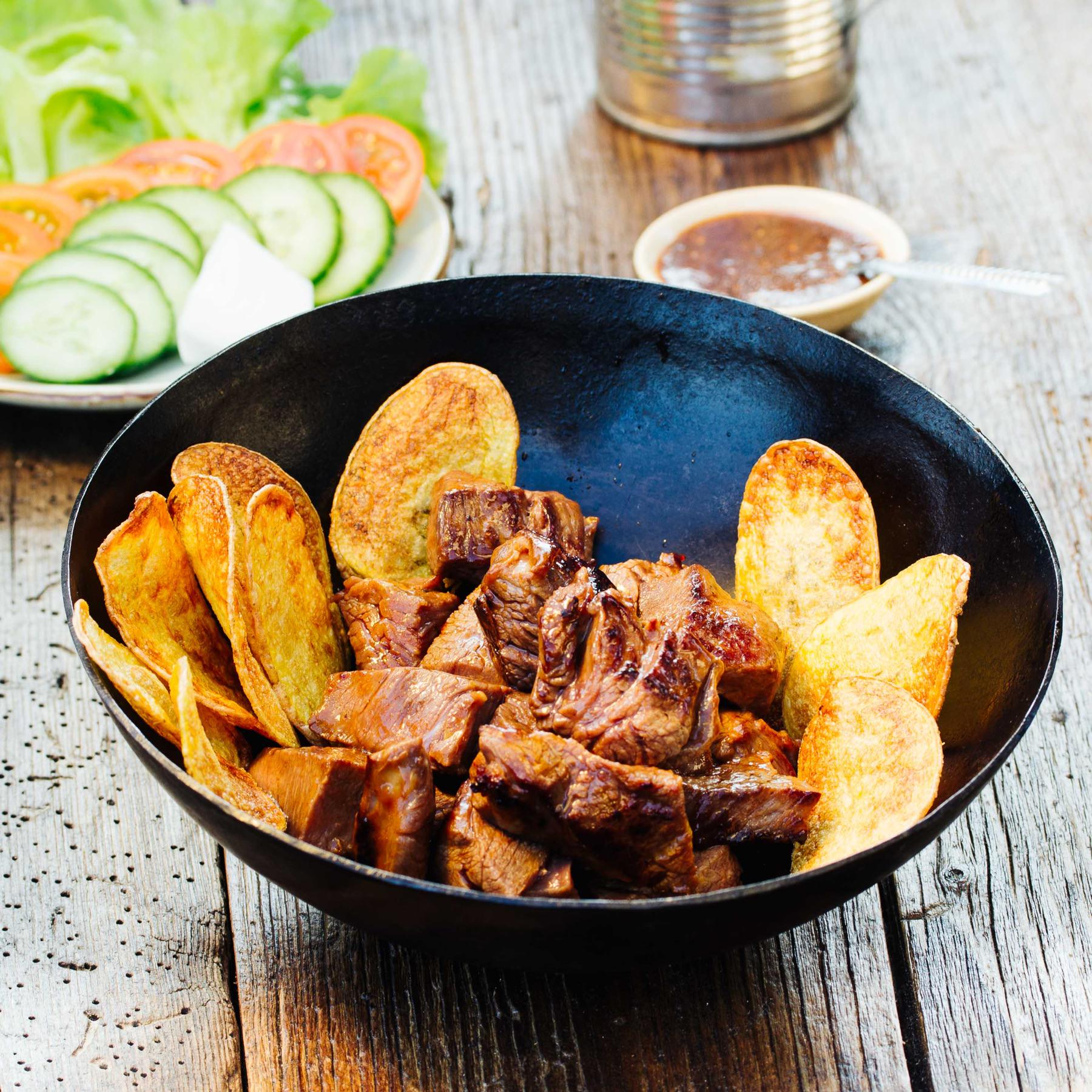 Beef Lok Lak - Rindfleisch aus dem Wok mit Pfeffersauce