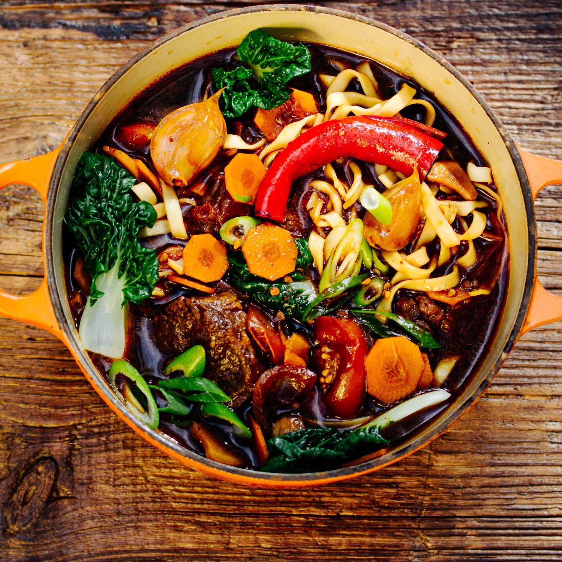 Taiwanesische Beef Noodle Soup - Niu Rou Mian
