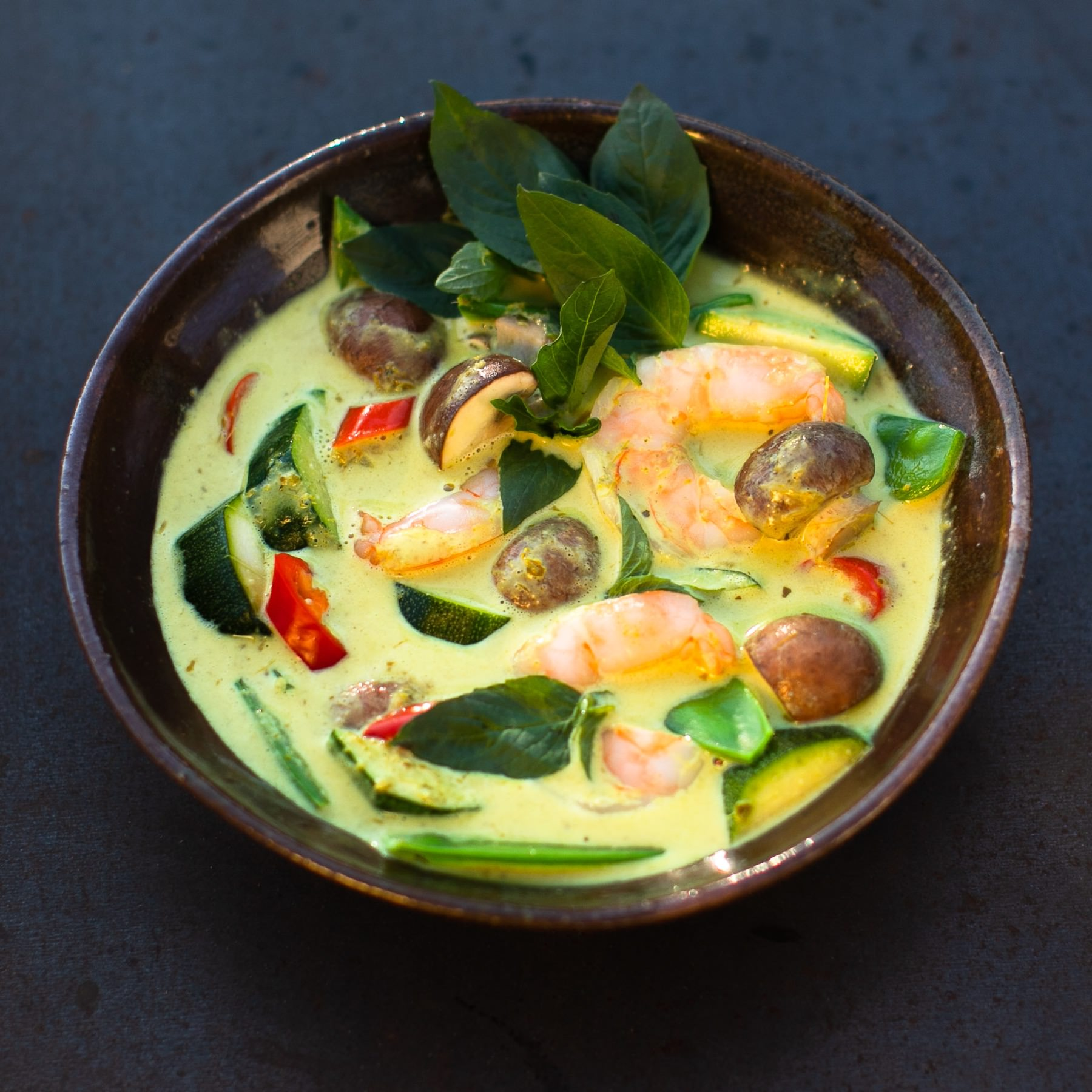 Grünes Thai-Curry mit Garnelen -