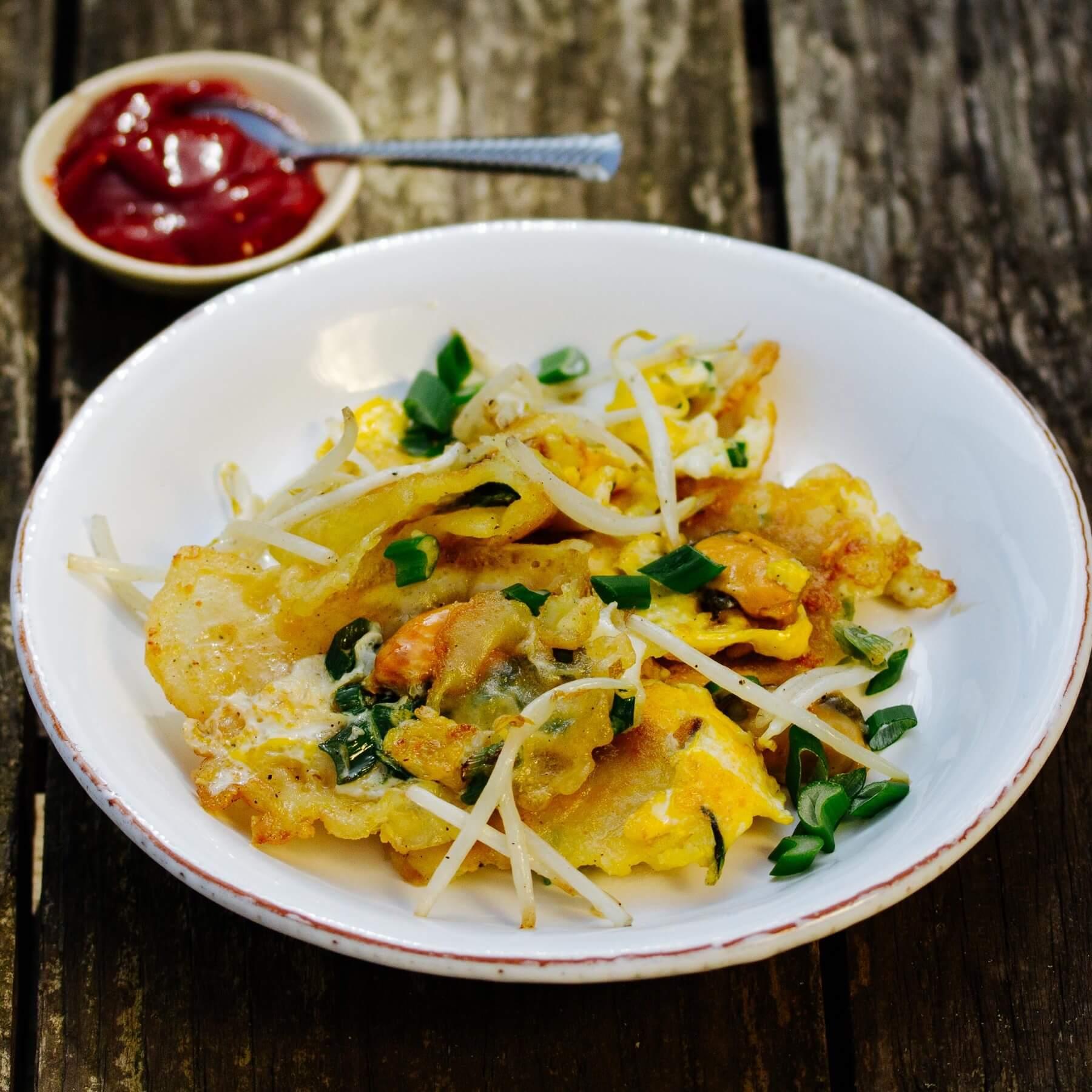 Knuspriges Thai-Omelett mit Muscheln - Hoy Tod