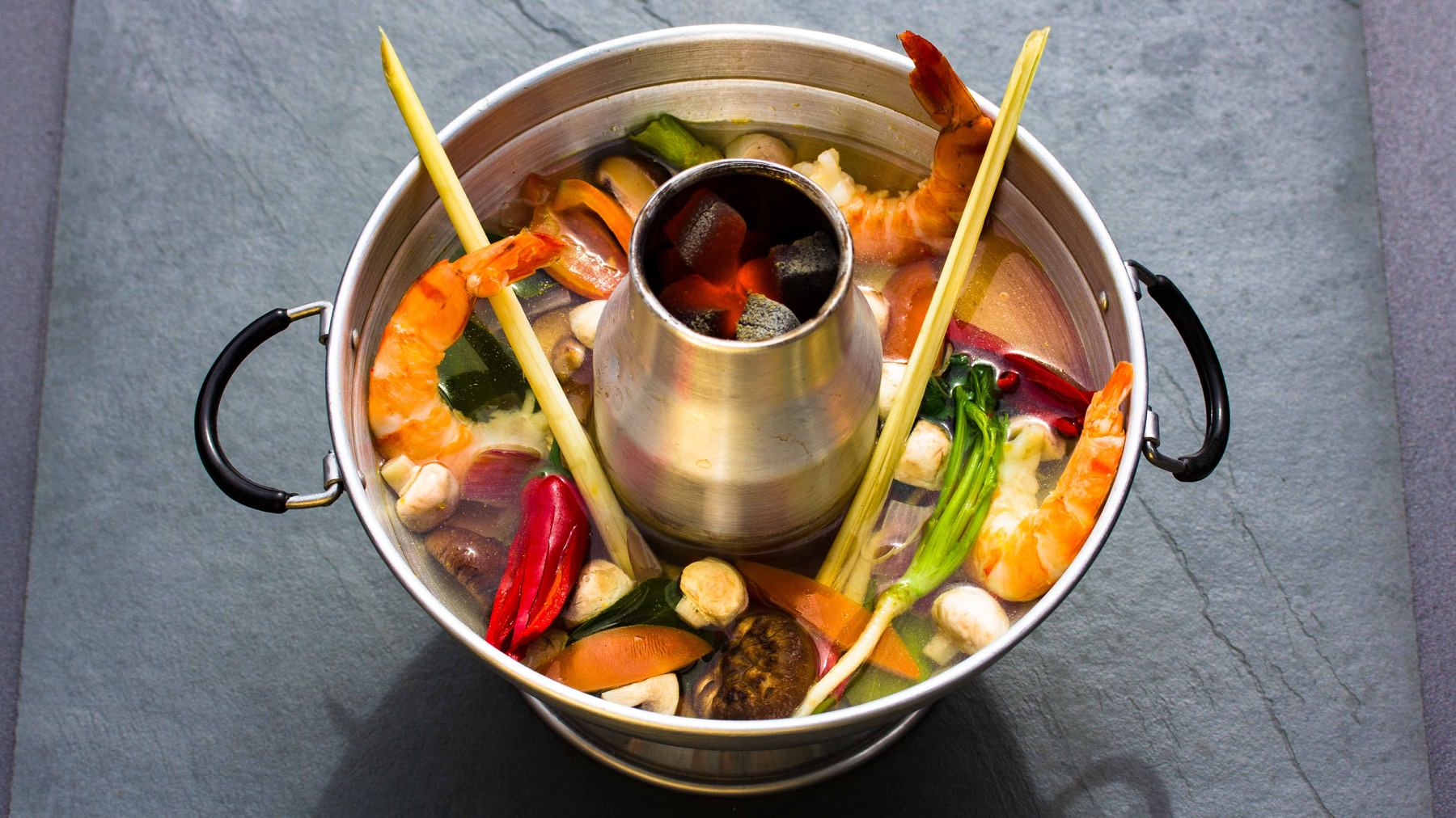 Scharf-Saure Garnelensuppe aus Thailand - Tom Yam Gung